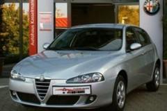 Alfa Romeo 147 hatchback photo image 1