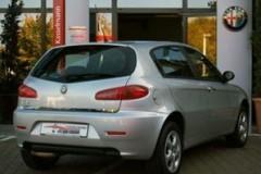 Alfa Romeo 147 hatchback photo image 10