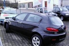 Alfa Romeo 147 hatchback photo image 9