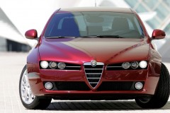 Alfa Romeo 159 sedana foto attēls 17