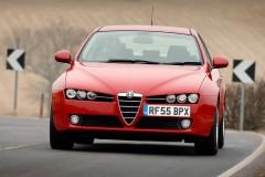 Alfa Romeo 159 sedana foto attēls 5