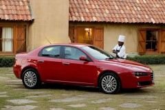 Alfa Romeo 159 sedana foto attēls 7