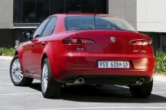 Alfa Romeo 159 sedana foto attēls 21