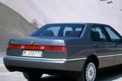 Alfa Romeo 164 sedana foto attēls 15