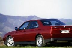 Alfa Romeo 164 sedana foto attēls 13