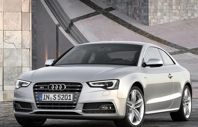 Audi A5 2011 foto attēls