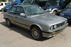 BMW 3 series E30 sedan photo image 10