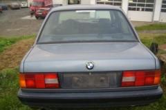 BMW 3 sērijas E30 sedana foto attēls 7