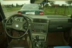 BMW 3 sērijas E30 sedana foto attēls 5