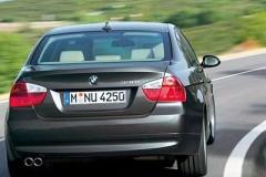 BMW 3 sērijas E90 sedana foto attēls 12