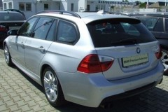 BMW 3 series Touring E91 estate car photo image 19