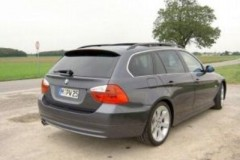 BMW 3 series Touring E91 estate car photo image 9