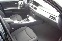 BMW 3 series E90 sedan photo image 19