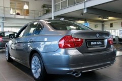 BMW 3 series E90 sedan photo image 17