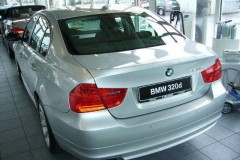 BMW 3 series E90 sedan photo image 10