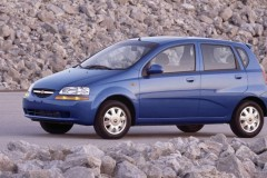 Chevrolet Aveo hatchback foto 4