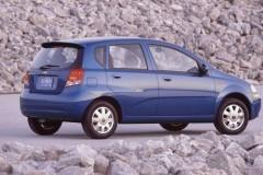Chevrolet Aveo hatchback foto 6