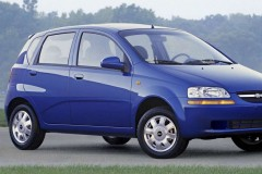 Chevrolet Aveo hatchback photo image 7