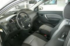 Chevrolet Aveo 3 puerta hatchback foto 8