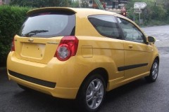 Chevrolet Aveo 3 puerta hatchback foto 4