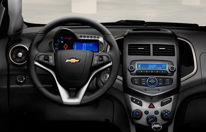 Chevrolet Aveo Hatchback 2011 Reviews Technical Data Prices