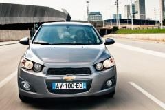 Chevrolet Aveo sedan foto 3