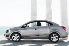 Chevrolet Aveo sedan foto 6