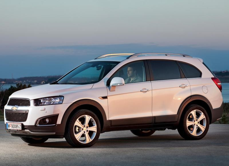 Chevrolet Captiva 2013 Reviews Technical Data Prices