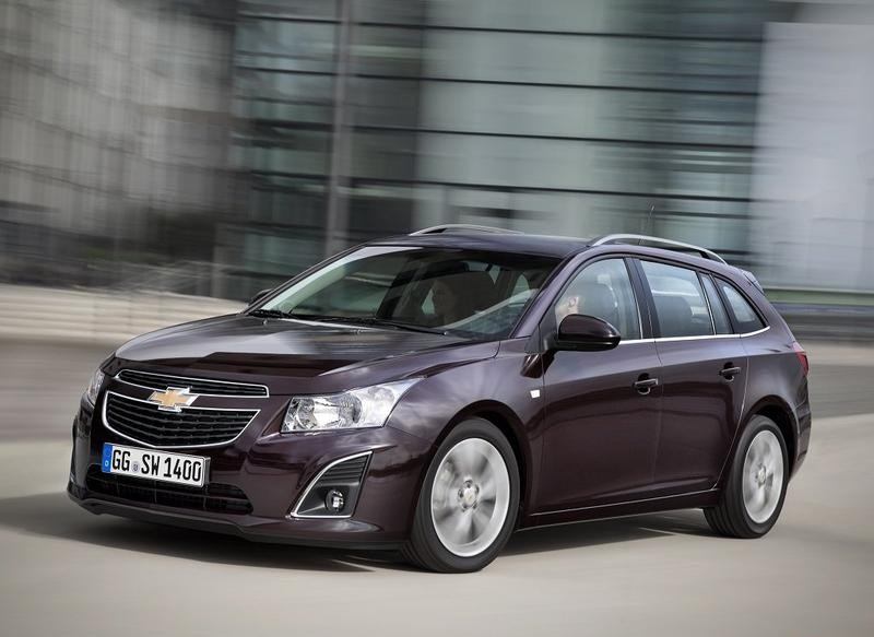 Chevrolet Cruze Estate Car Wagon 2012 Reviews Technical Data