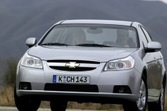 Chevrolet Epica sedan photo image 3