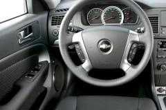 Chevrolet Epica sedan foto 4