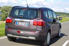 Chevrolet Orlando minivan photo image 8