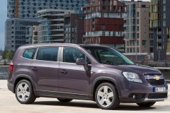 Chevrolet Orlando minivan photo image 11