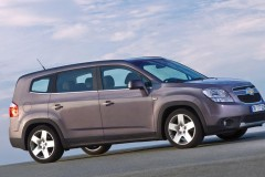 Chevrolet Orlando minivan photo image 1