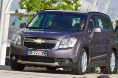Chevrolet Orlando minivan photo image 2