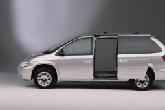 Chrysler Town & Country minivan foto 3