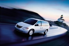 Chrysler Town & Country minivan foto 5