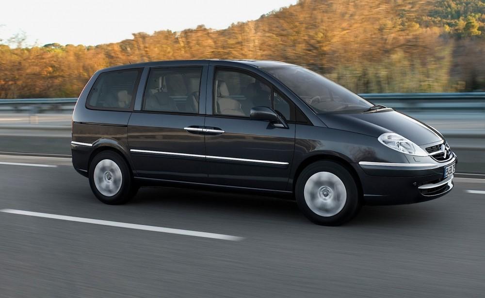 citroen c8 minivan mpv 2002 2008 reviews technical data prices. Black Bedroom Furniture Sets. Home Design Ideas