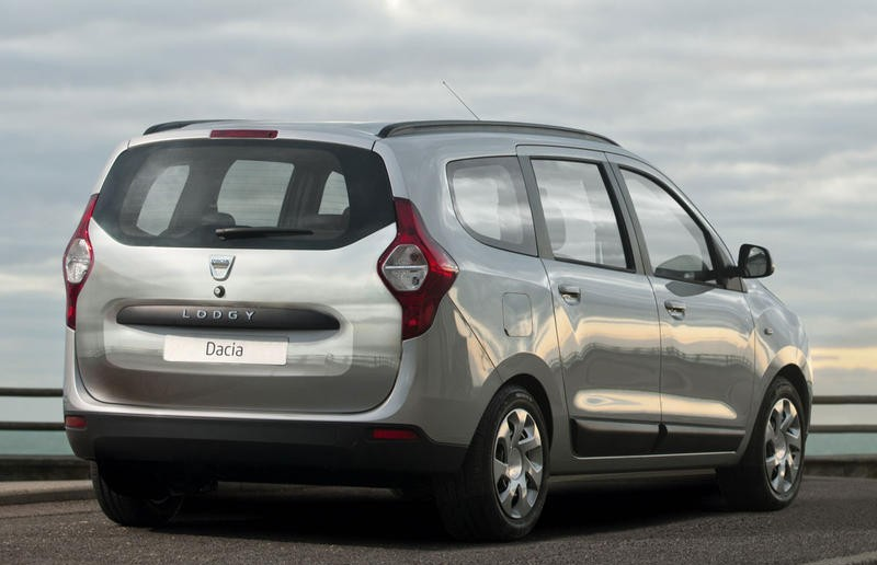 Dacia lodgy reviews reviews technical data prices dacia lodgy minivan photo image 4 publicscrutiny Choice Image