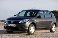 Dacia Sandero hatchback photo image 4