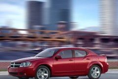 Dodge Avenger sedan photo image 1