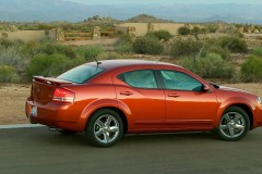 Dodge Avenger sedan photo image 16