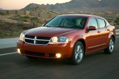 Dodge Avenger sedan photo image 11