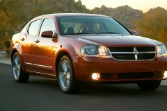Dodge Avenger sedan photo image 4