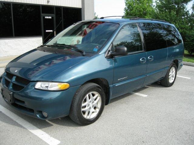 Dodge Grand Caravan 2001 foto attēls