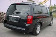 Dodge Grand Caravan minivena foto attēls 1