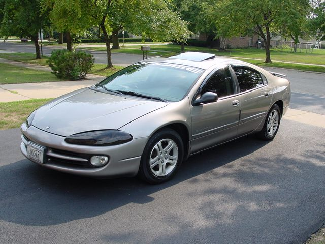 Dodge Intrepid 1997 foto attēls