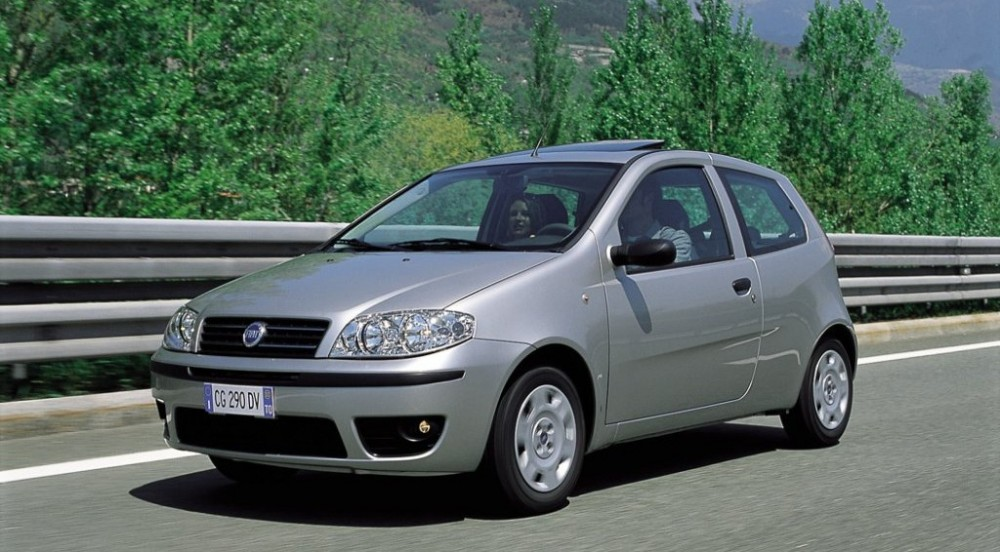 fiat punto 3 door hatchback 2003 2010 reviews technical data prices. Black Bedroom Furniture Sets. Home Design Ideas