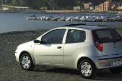 Fiat Punto 3 puerta hatchback foto 3