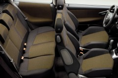Fiat Punto 3 puerta hatchback foto 4